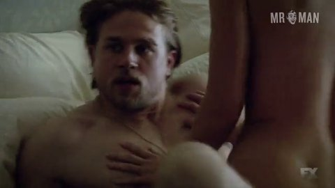 Are Charlie hunnam sons of anarchy nude were not