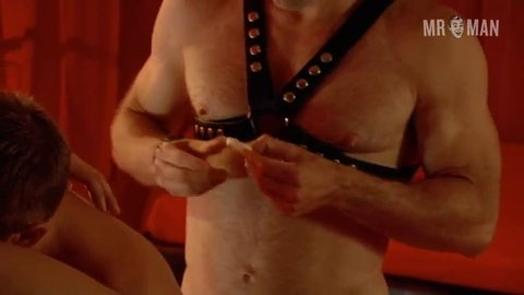 Tybee diskin naked