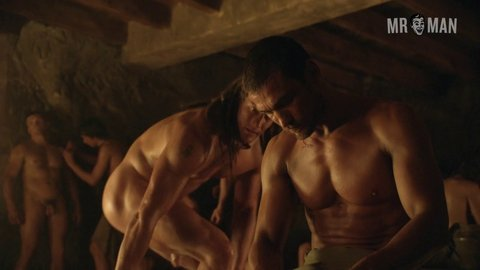 Spartacus Naked Men Scenes