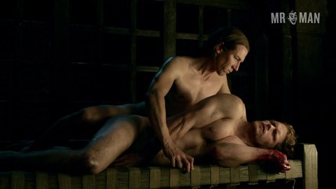 Outlander 01x16 tobiasmenzies samheughan hd 08 large 3
