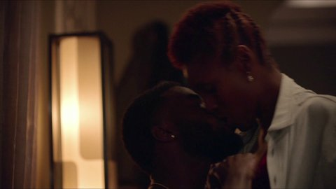 Insecure 02x06 noel hd 01 large 3