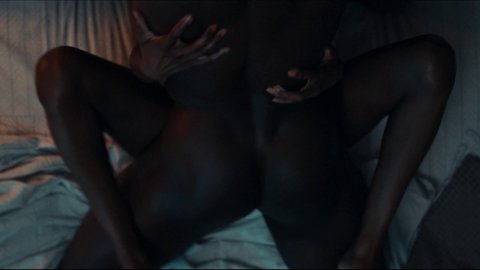 Insecure 03x01 noel hd 01 large 3