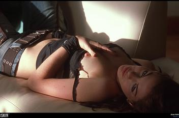 Hathaway havoc 745202 infobox f5c010c7 thumbnail