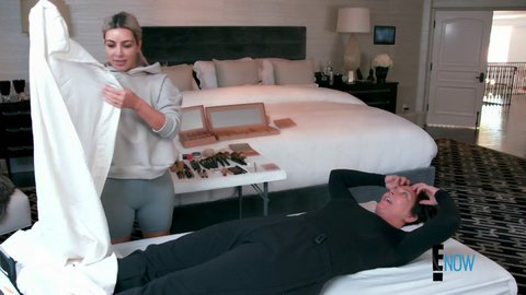Keepingupwiththekardashians 15x03 kimkwest hd 01 large 1