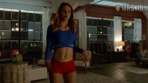 Supergirl 01x01 benoist hd 01 large 2
