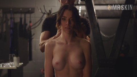 Submission1x05 yennie hd 06 large 5